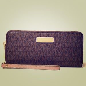Michael Kors Wallet MK logo brown